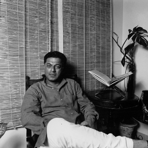 Photo of Girish Raghunath Karnad